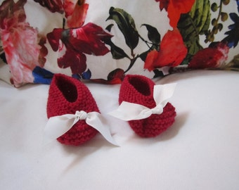 Baby Booties // Red & White