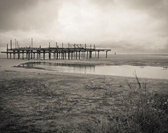 Black and white beach view photo print / metal print