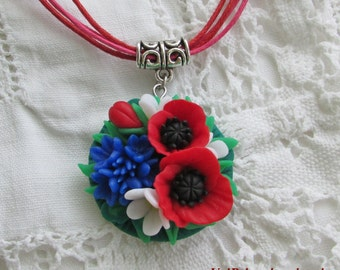 Pendant with the colors of polymer clay