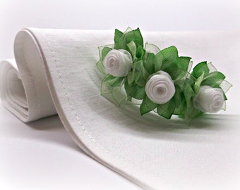 Rose napkin rings Spring green and white Wedding napkin rings floral design tablescape
