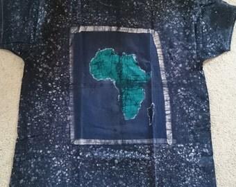L Africa Design Tshirt