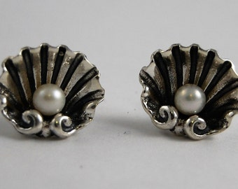 shells with pearl earrings