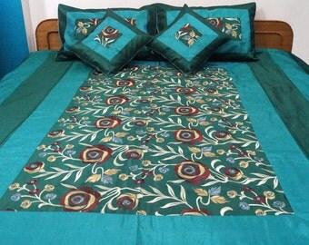 Embroidered Bedspread Silk Quilt 5 pcs Set Coverlet Bedding