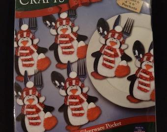 Penguin Silverware Pocket kit