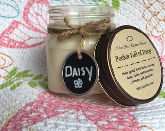 8oz Soy Candle/Pocket Full of Daisy/Floral Scent/White Candle