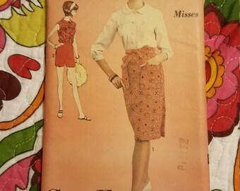 1960 Advance #3205 size 16 uncut