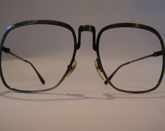Great vintage oversize eyeglasses frame Neometal 412 years 70/80