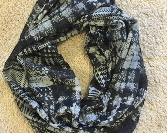 Polyester Infinity Scarf: Black and Gray