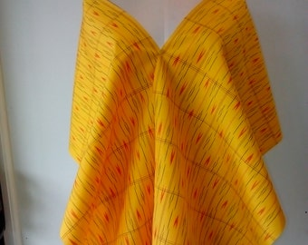 SILK SHAWL/SCARF. Silk Taffeta. Tsumugi Silk. Yellow. Wrap. Bed Throw. Table Runner. Fringing.