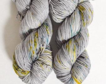 POWER LINE [twist, 4 ply] hand dyed yarn - speckled yarn - fingering weight sock yarn