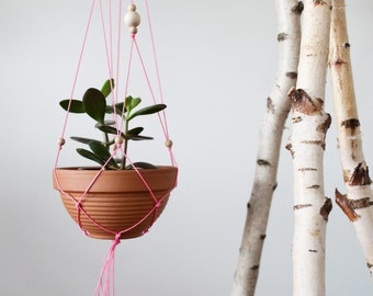 Your mo-box: hanging basket to the Selberknüpfen - fast neon macrame