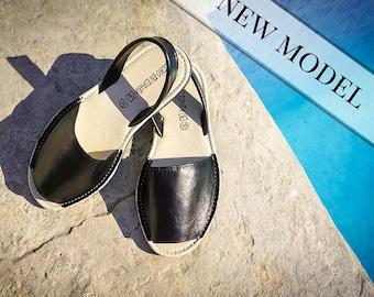 Handmade leather sandals. Sandals. Menorquinas-Avarcas sandals. Mediterranean style sandals. Comfy sandals. Handmade in Spain
