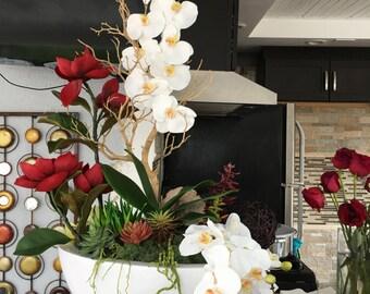 Modern slik flowers arrangements