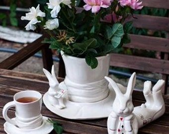 Alice's adventures in Wonderland, mad tea party