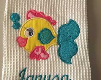 Fish dish towel