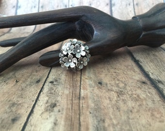 Daisy Flower ring - Ethnic ring - adjustable ring - silver color ring - ring for her