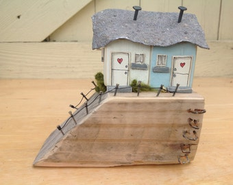 The Slipway...pair of driftwood cottages