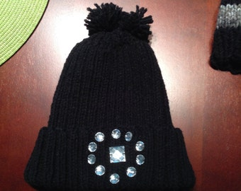 Black knit hat with stones