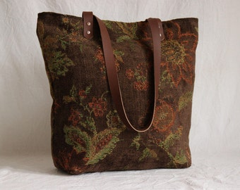 Shoulder bag chenille with leather handles