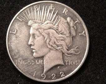 1922-d PEACE SILVER DOLLAR  inv284 ships for 1.00