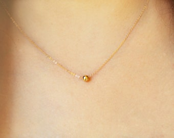 Gold bead necklace / Gold Pendant necklace / 14k gold filled necklace / Gold layering necklace / Simple gold bead