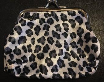 Grey leopard print change purse
