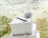 Hochzeitsbriefkasten für Glückwünsche und Geldgeschenke, Torte, Hochzeit, Gästebuch, Geschenke, Brautpaar, Feier, Schmetterlinge, weis, edel