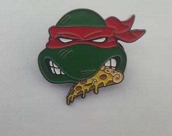 Ninja Turtles love PIZZA retro 80s enamel pin