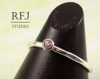 Faceted Lab Pink Diamond Silver Ring, Cubic Zirconia 2 mm Sterling Large Texture Ring Simulate Pink Diamond Hammered Ring 925 Silver Ring