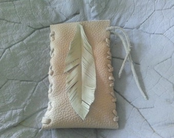 Mobile phone bag made of leather with spring