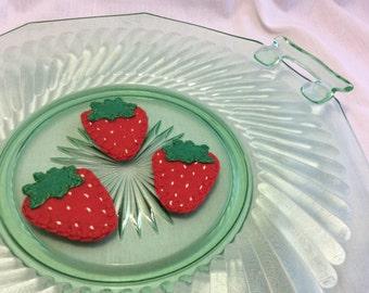 Felt Strawberries - Pretend Play Food - Felt Produce - Play Kitchen Set - Felt Fruit - Toy Berries - Felt Berries - Felt Food - Pretend Food