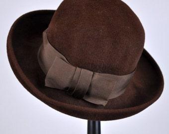 HOT FUDGE SUNDAE - vintage hat