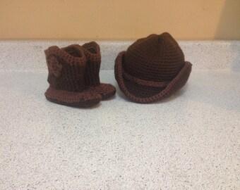 Cowboy/cowgirl set