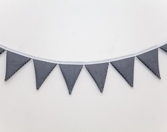 Jessica Vertical Grey Striped Bunting