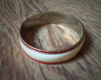Vintage Cream and Red Bangle