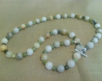 273 Traditional Malaysian White Jade and Jungle Jasper Beaded Necklace