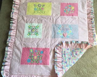 Appliqued quilt for baby