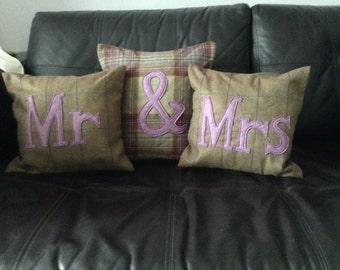 Tweed cushion set