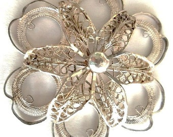 Pendant - Delicate Silver Filigree - Flower-Like