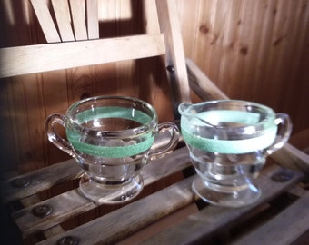 Vintage sugar and creamer 1930s