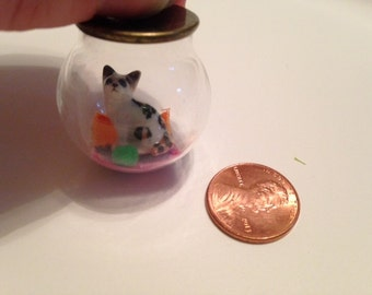 Little cat 30mm globe necklace pendent