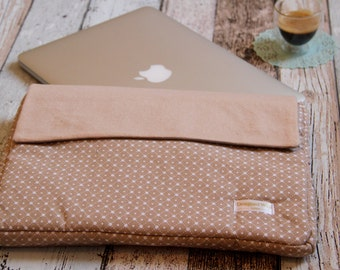 13 inch laptop case or MacBook Pro