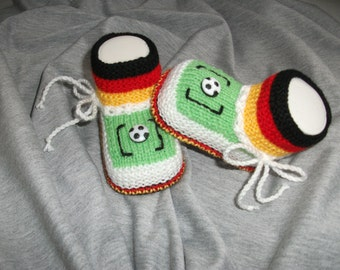 knitted baby shoes, baby shoes, baby socks, Babybooties * Goooaal... *.