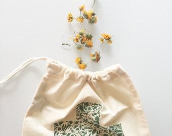Plant collection drawstring bag, organic drawstring bag, medicinal plant collection, plant medicine, herbalist, nature gift, foraging bag