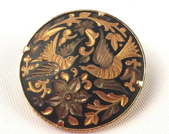 Vintage Damascene Bird Brooch Pin Black and Gold - Etched Birds, Flowers, Leaves - Round Circle Figural Animal Nature Classic Jewelry