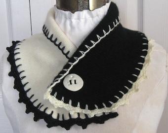 neck warmer . black and white neck warmer . cashmere neck warmer. felted cashmere scarflette . black and white