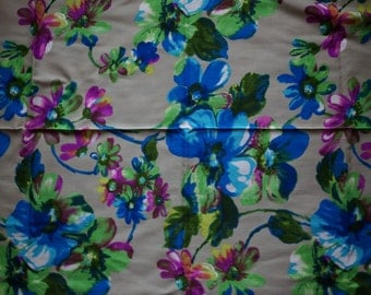Vintage 60s Fabric Craft Supplies Tools Midcentury Fabric by the Yard Floral Yardage Sewing Blue Green Magenta Flowers Quilting