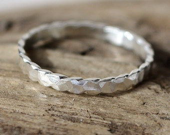 Hammered Scalloped Ring Size 6.5