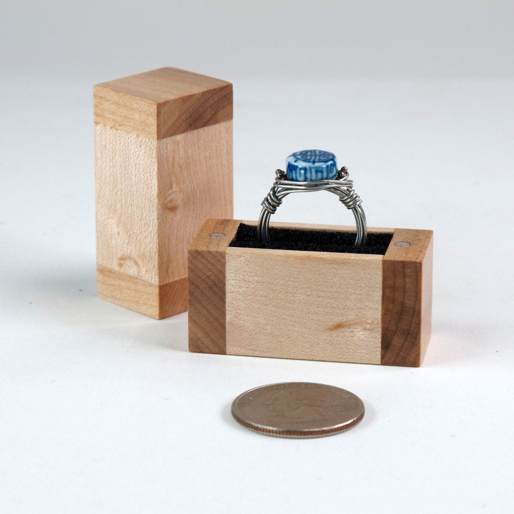 Birdseye maple wooden ring box wedding ring or engagement for Wooden ring box