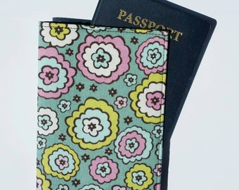 FREE SHIPPING UPGRADE with minimum -  Passport case / passport holder / passport cover : Chocolate lollipop